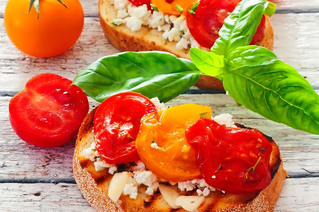 bruschetta con tomates