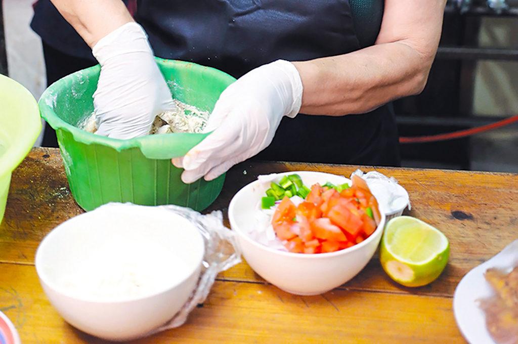 Sopa tortas de pescado