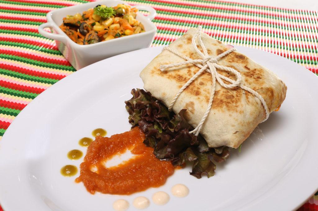 Quesadilla tex mex con salsa borracha